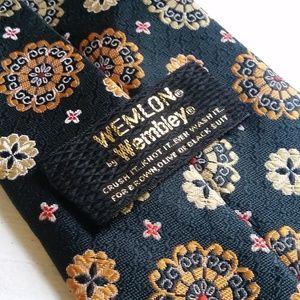 Vintage Floral Wemlon by Wembley Clip-on Tie
